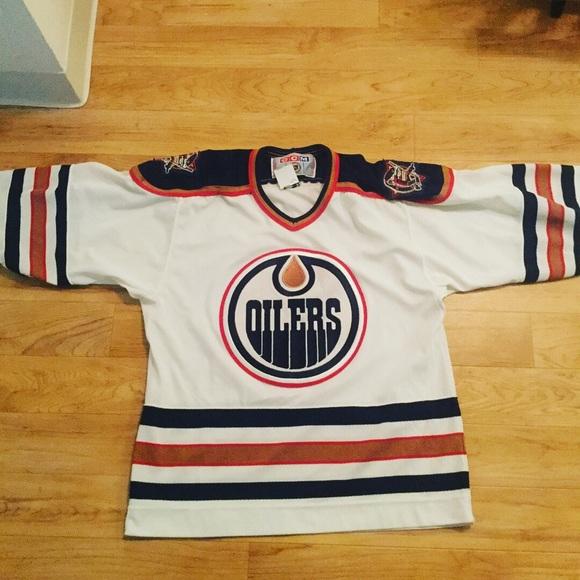 premium selection 1b6b6 d9f5e Vtg 90s size M CCM Edmonton Oilers hockey jersey